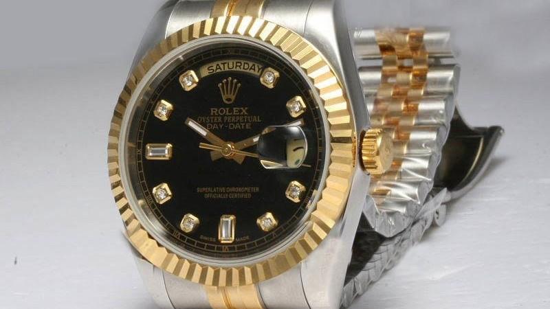 il ritorno di un classico: versione in oro bianco con bracciale Oyster di Rolex Day-Date replica